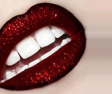 Glittery Looks! Part 1 (Lips)