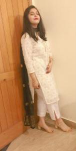 ShahBano Khan The Food & Fashion Blogger