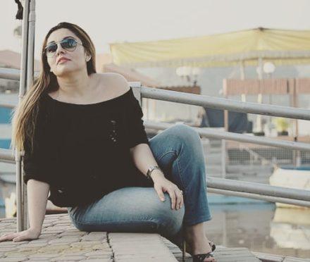 Pakistani Street Style & Fashion Blogger: Jahanara Khan Aka Tvinkal