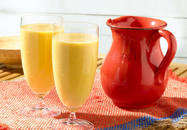 Mango Banana Milkshake | Sur's Kitchen Recipe